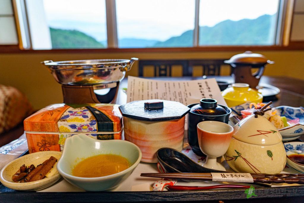 猿ヶ京ホテル部屋食での眺め