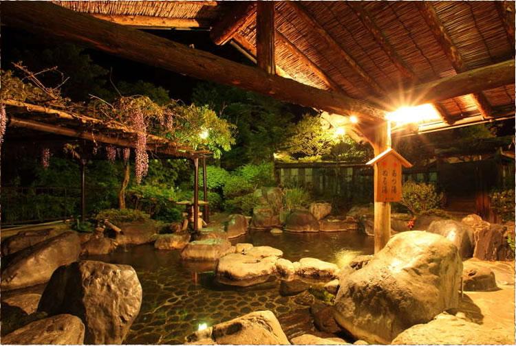 猿ヶ京ホテル露天風呂