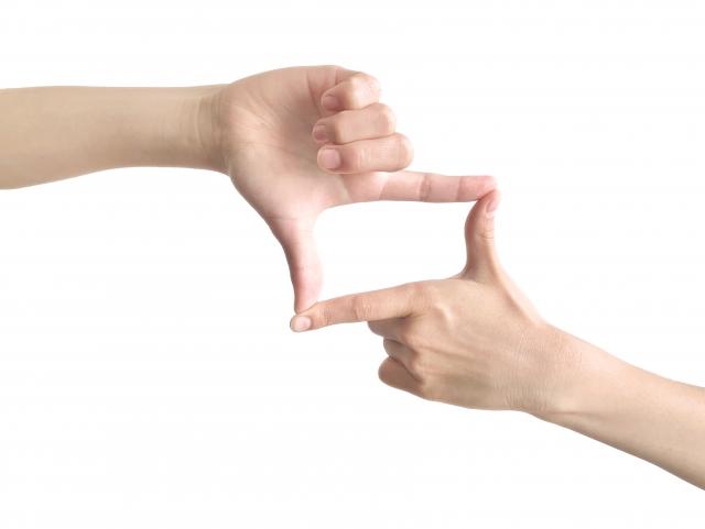 指でフレーム